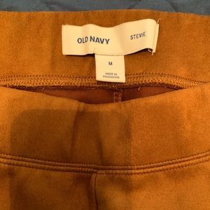 Old navy Stevie pull on pants. Size M